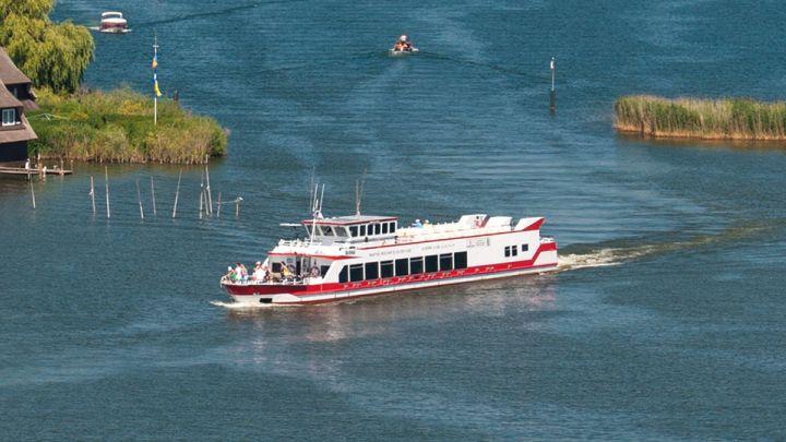 Nationalparkschiff DIANA auf der Müritz